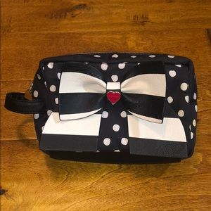 🦄 Betsey Johnson Polka Dot And Bow Makeup Bag